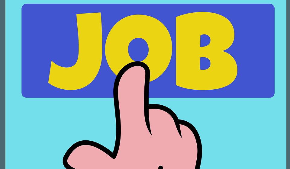 Гарантированная работа в Барановичах: меньше мест для молодежи, больше для уволенных из органов