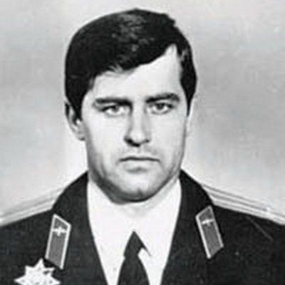 Годовщина гибели барановичского летчика Владимира Карвата. Как погиб первый Герой Беларуси