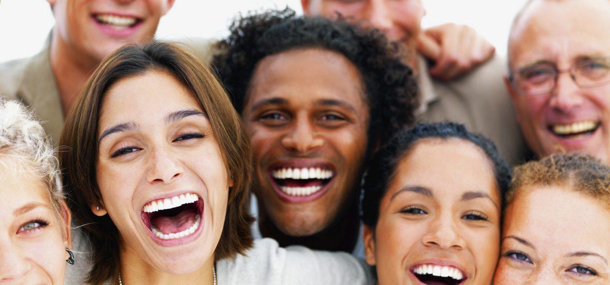 Чем полезен смех: восемь полезных воздействий на здоровье