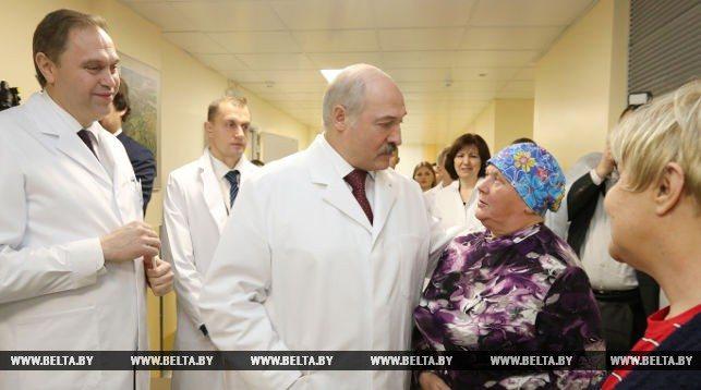 Лукашенко заявил, что белорусские онкологи достойны Нобелевской премии