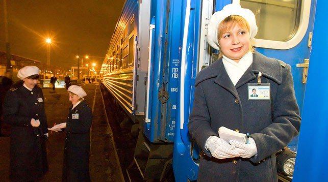 Около 80 дополнительных поездов пустит БЖД на новогодние праздники