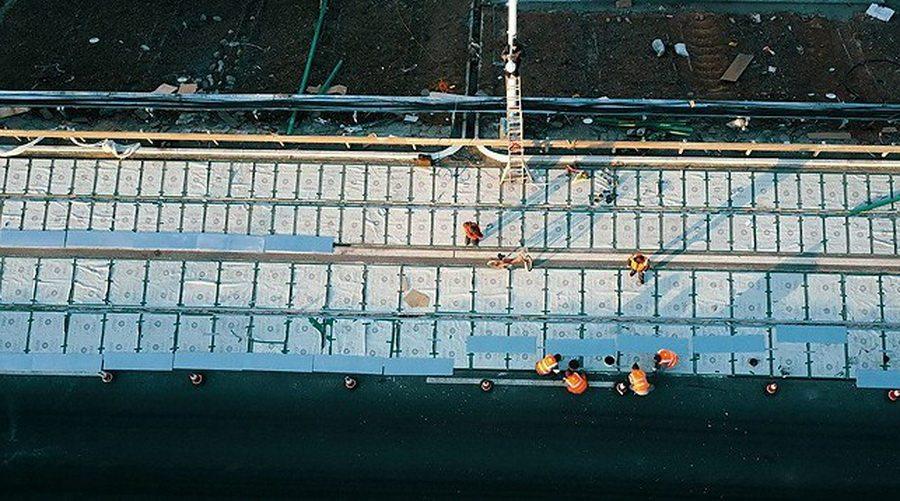 В Китае открыли участок скоростной магистрали, построенный из солнечных батарей