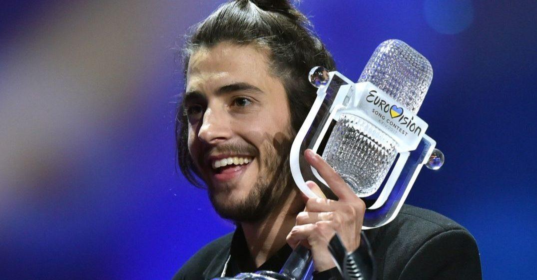 Победителю «Евровидения-2017» Сальвадору Собралу пересадили сердце