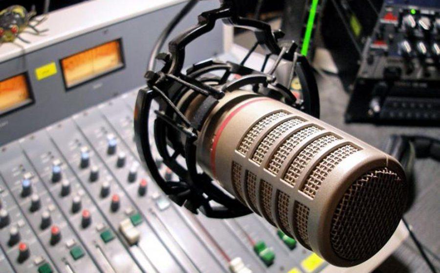 Кандидатам в депутаты выделили по три минуты для выступления по радио, но в прямой эфир их не пустят