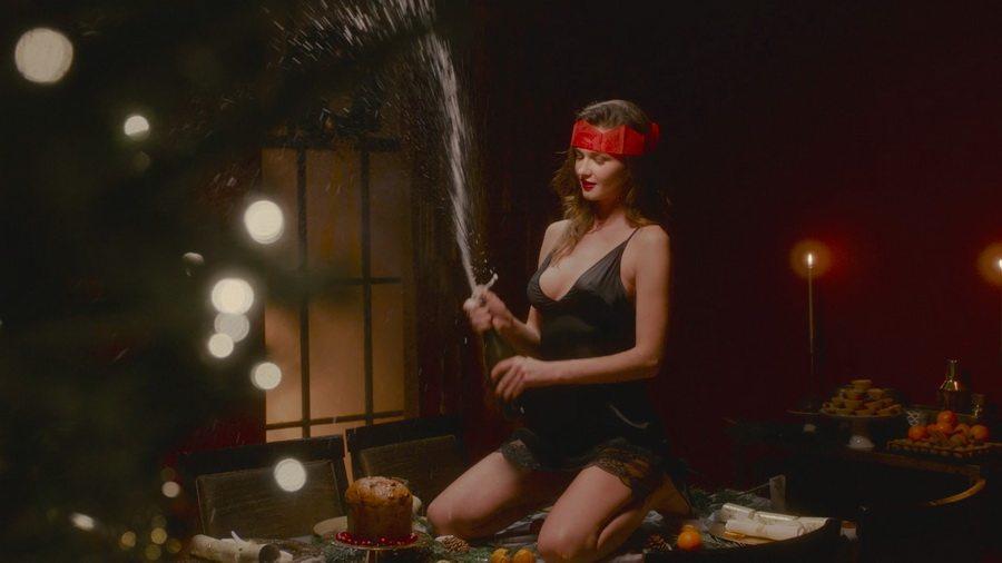 Английский магазин и бренд нижнего белья Coco De Mer выпустил провокационный эротический ролик про Рождество