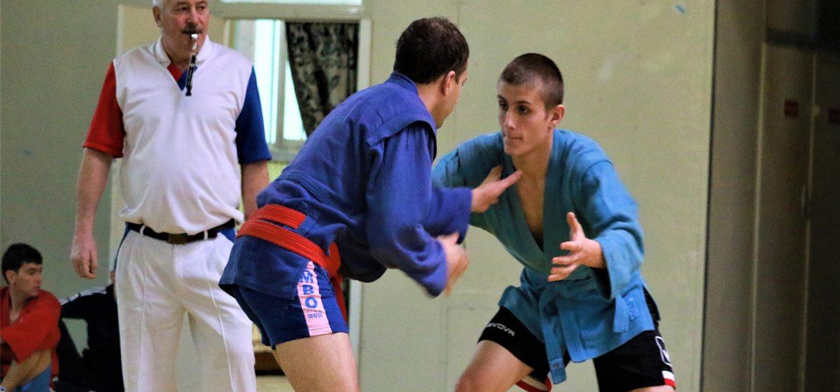 Барановичские самбисты отличились на чемпионате Брестской области
