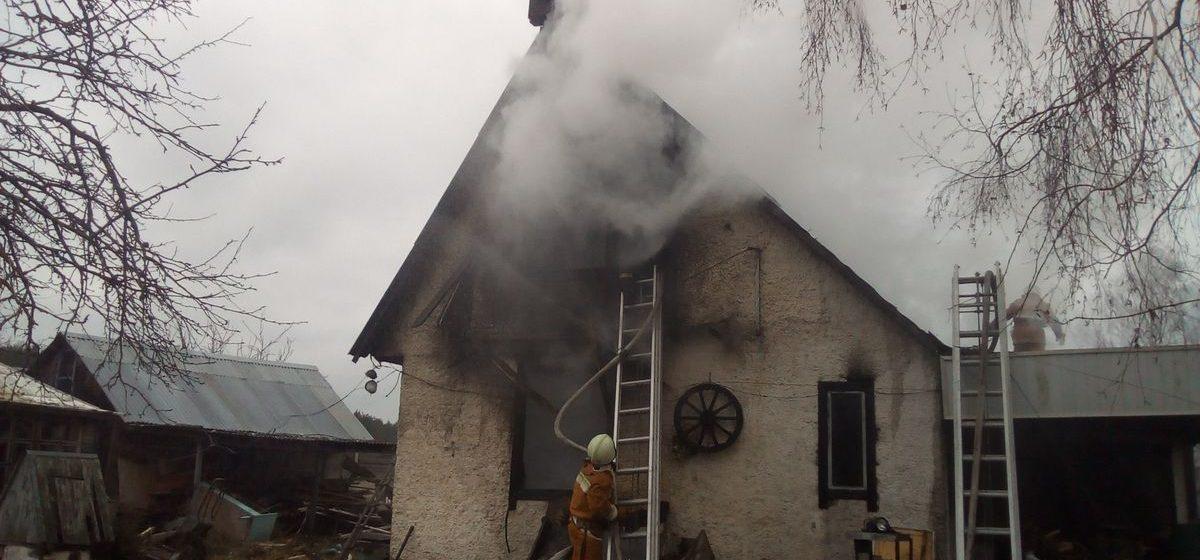 В Ляховичском районе горел нежилой дачный дом