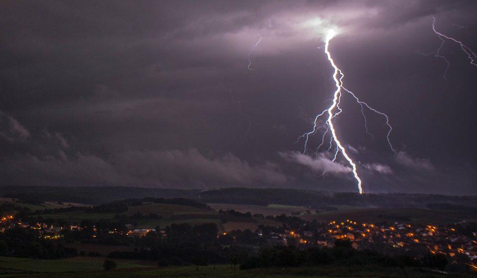 В Колумбии от удара молнии пострадали более 50 военных