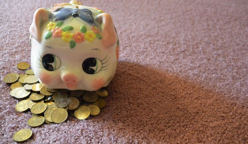 В Барановичах в октябре зарплата росла быстрее, чем в области и стране