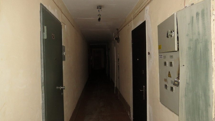 В Гомеле в одной из многоэтажек пьяный мужчина устроил стрельбу из пневматического пистолета