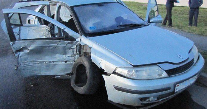 В Ляховичах перевернулся «Ситроен». Пьяный водитель бросил раненого пассажира и сбежал с места ДТП