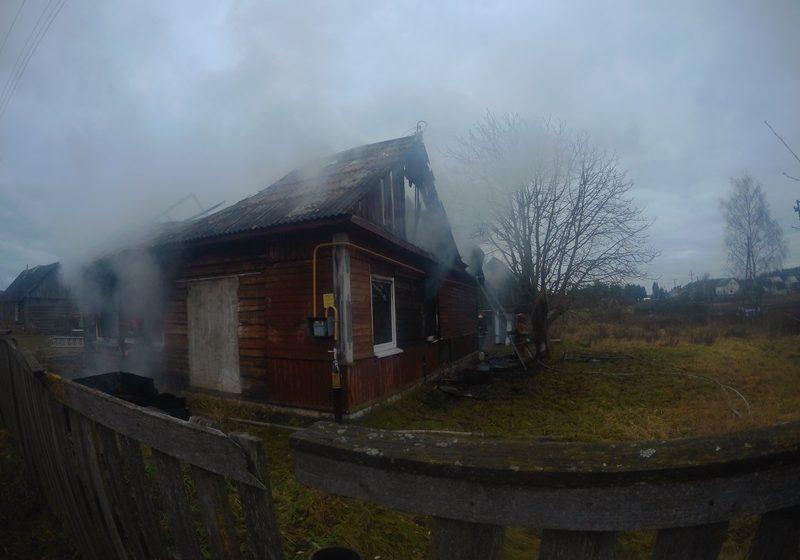 В Барановичском районе во время пожара в жилом доме взорвался газовый баллон