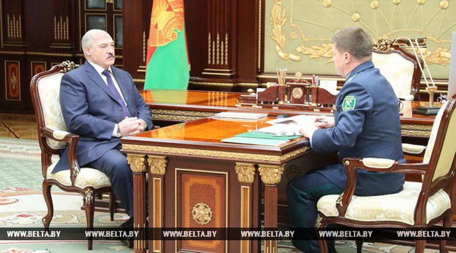 Лукашенко потребовал, чтобы со стороны россиян было меньше претензий по поводу белорусской икры