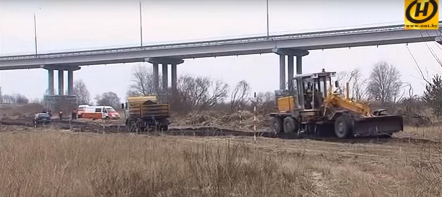 В Новополоцке на мосту, построенном по той же технологии, что и аварийный через Припять, появились трещины