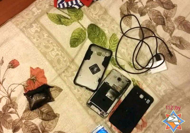 В Минске возле детской кроватки взорвался аккумулятор мобильника, пострадал ребенок
