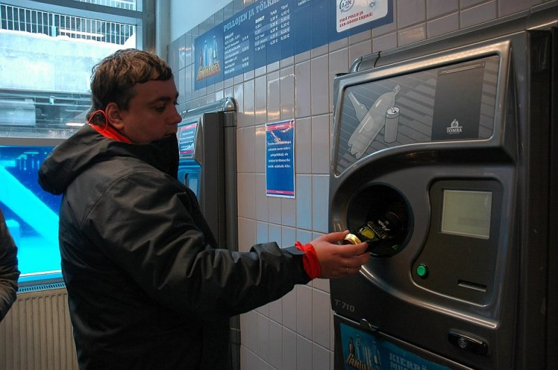 Белорусам собираются возвращать деньги за использованные бутылки