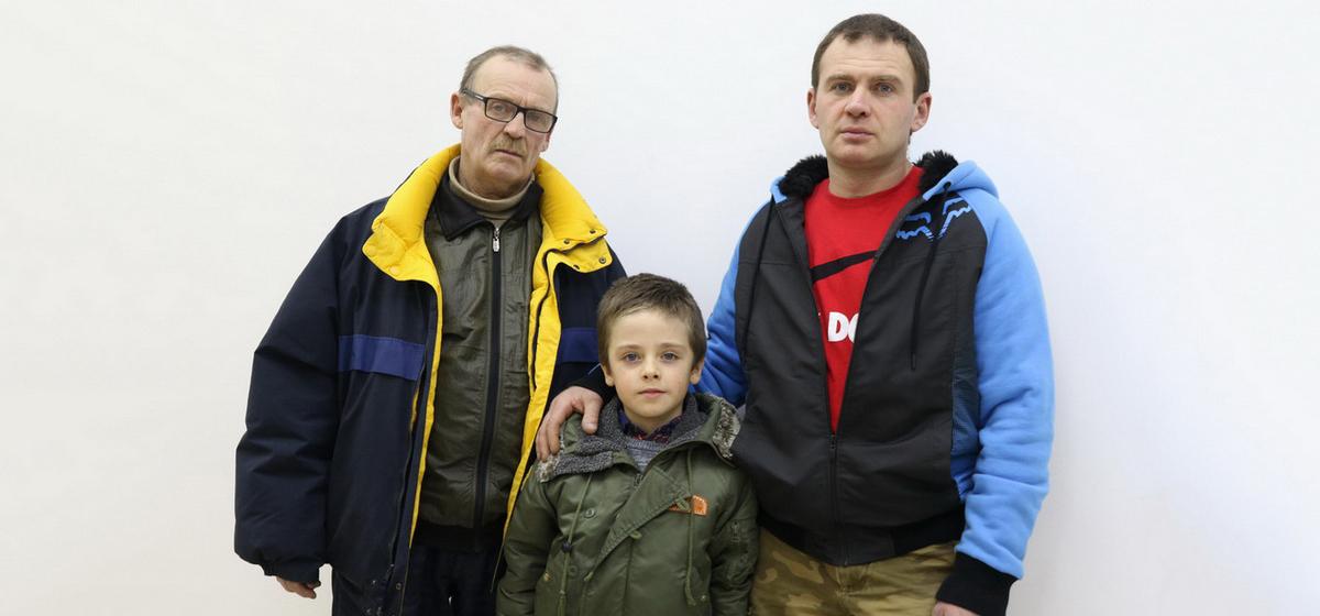В Барановичах три поколения мужчин семьи Дедулько увлекаются мотоспортом