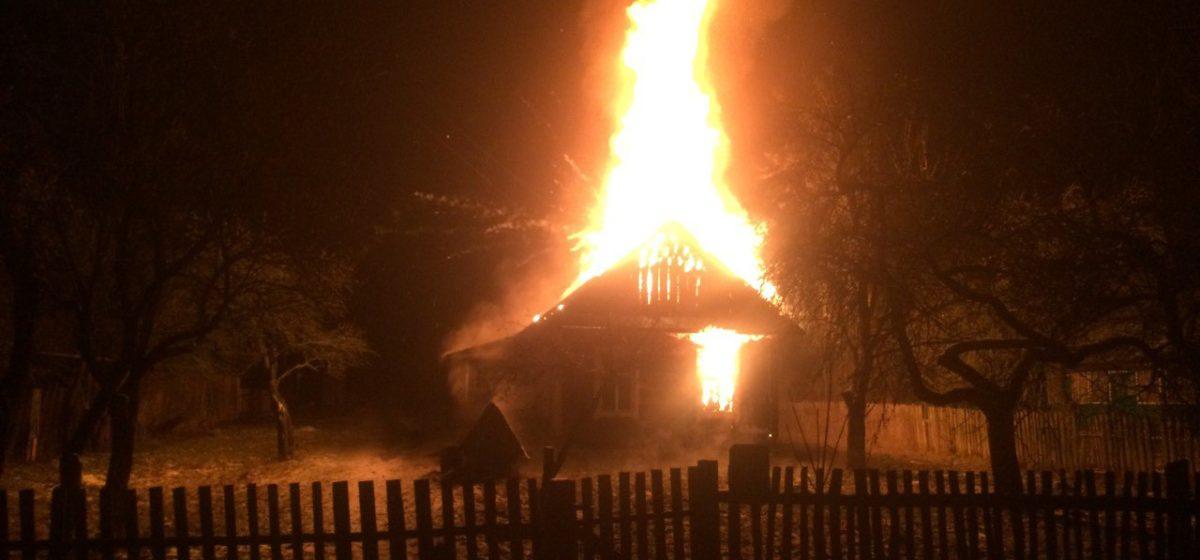 В Барановичском районе в новогоднюю ночь на пожаре погиб мужчина