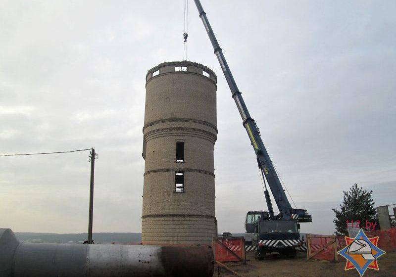 В Ружанах сотрудники МЧС спасли двух рабочих, которым стало плохо при проведении покрасочных работ в водонапорной башне