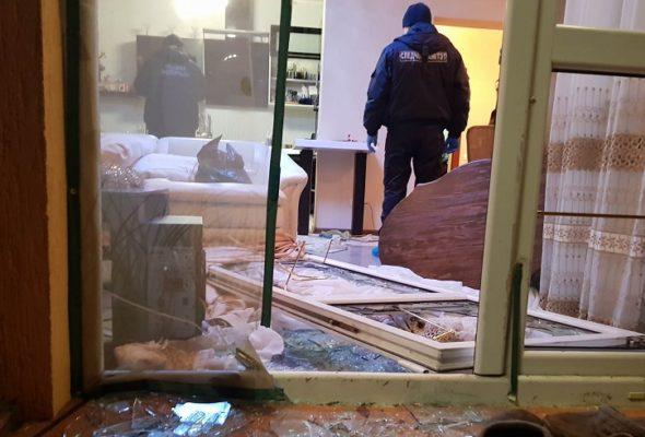 В Пинске преступники в масках ворвались в дом предпринимателя, связали жену и ребенка, а во время задержания отстреливались