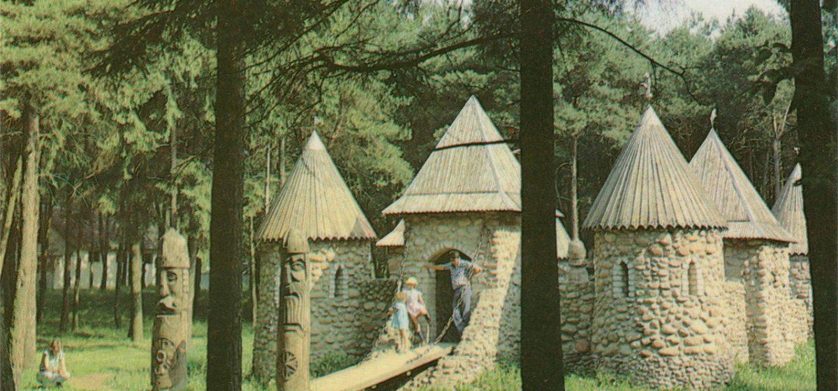 В Барановичах планируют восстановить детскую крепость в старом парке, а рядом создать игровую площадку