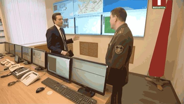 Председатель КГБ показал, как выглядит телефон Лукашенко и центр управления правительственной связью (фото)