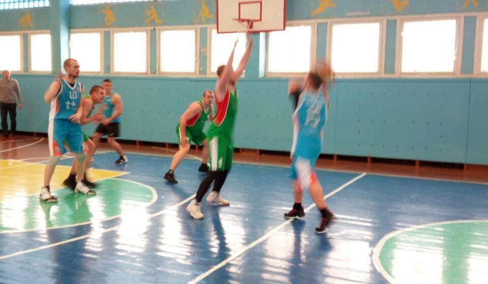 Клуб барановичских любителей баскетбола обыграл команду из Ивацевичей в розыгрыше Кубка Полесья