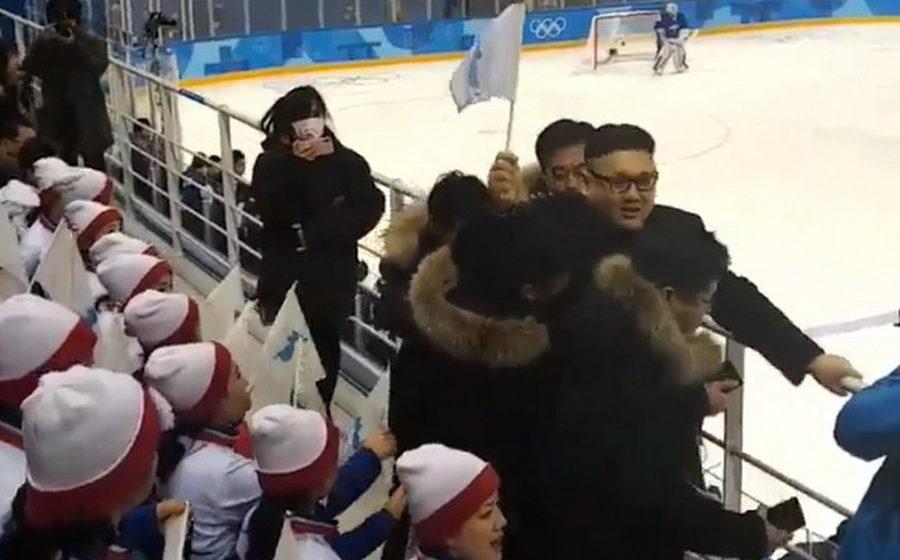 На Олимпиаде в Пхенчхане мужчину, похожего на Ким Чен Ына, выгнали со стадиона (видео)
