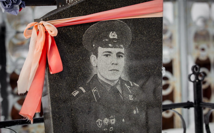 «Ходит и смеется в глаза». Как живут «оправданные» Лукашенко убийцы