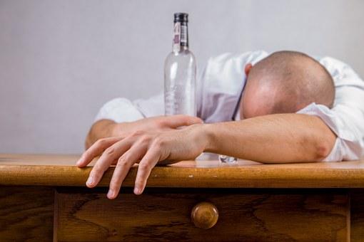 От алкогольного отравления в 2017 году умер 21 житель Барановичского региона