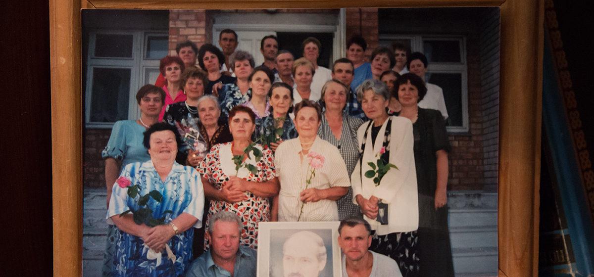 «Когда на встречу выпускников не приехал, прислал свой портрет». Кем стали одноклассники Лукашенко