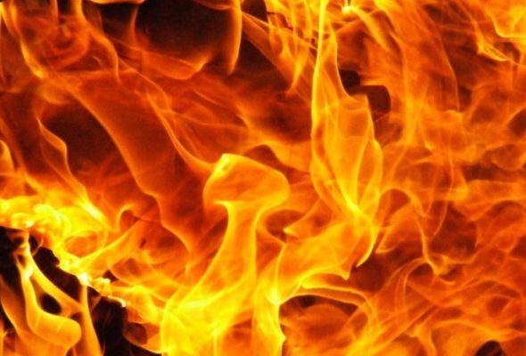Под Барановичами горел жилой дом