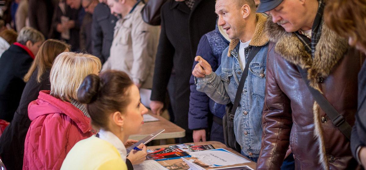В Беларуси впервые за последние десять месяцев выросло число безработных