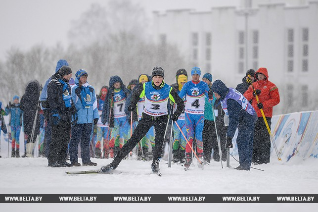 Коля Лукашенко стал третьим в биатлонном турнире