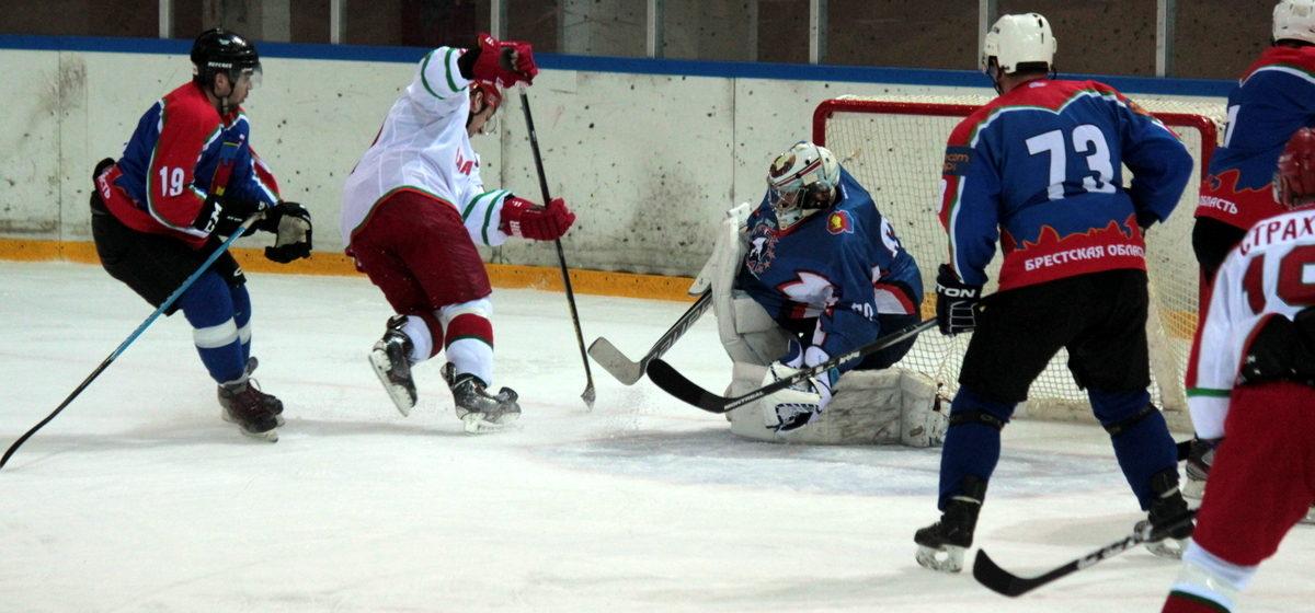 В Барановичах хоккейная команда президента сыграет с командой Брестской области