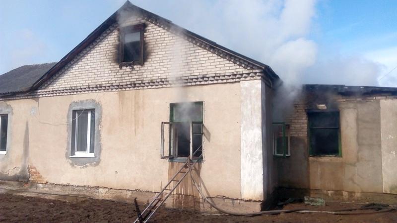 В Барановичах горел жилой дом