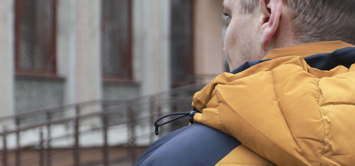 «Хотелось понять, можно ли вычислить на улице вора». Житель Барановичей в свое свободное время ходит на судебные заседания