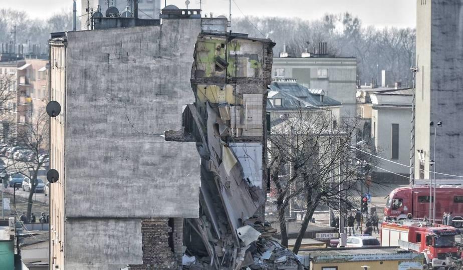 В Польше в многоквартирном доме взорвался газ, много жертв