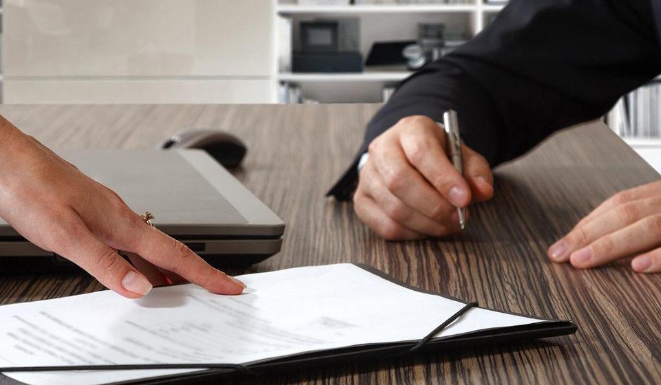 Рабочий день в 1 час: как предприятие-банкрот «выживало» работницу