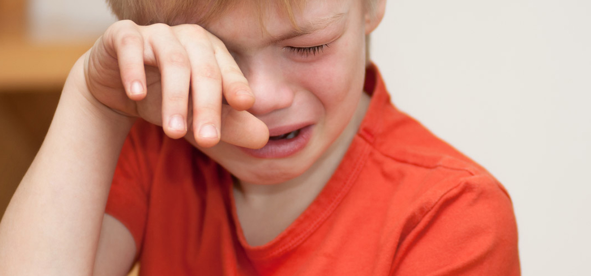 Надо ли запрещать мальчикам плакать? Мнения барановичских мам