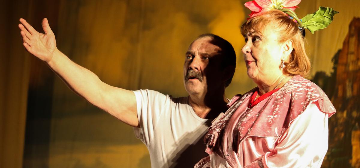Звезда «Сватов» выступила со спектаклем в Барановичах