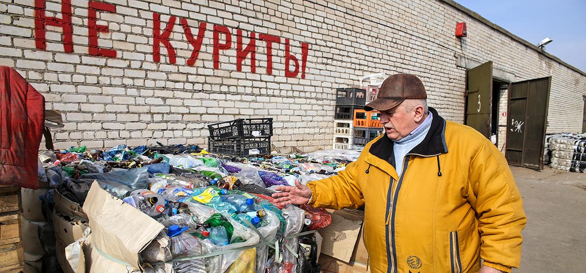 Заготовитель Барановичского РАЙПО рассказал о своей работе. «Даже друзья пытались обмануть, а пьющие – самые честные клиенты»