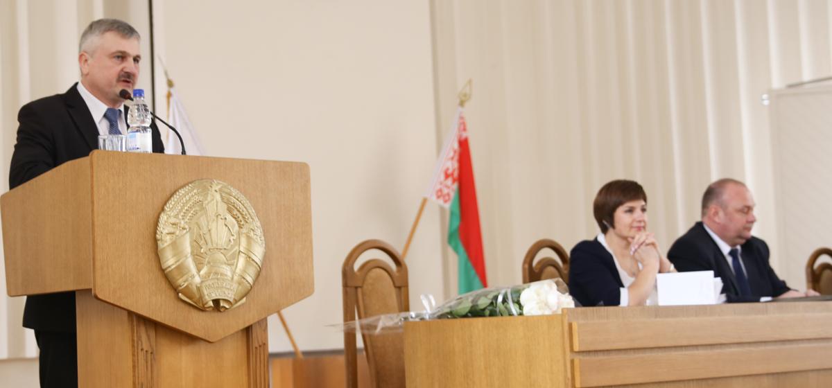 Депутаты разрешили исполкомам снижать аренду и давать отсрочку по уплате налогов в Барановичском регионе