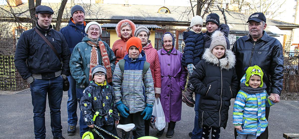 Жители Военного городка в Барановичах отстояли двор от точечной застройки