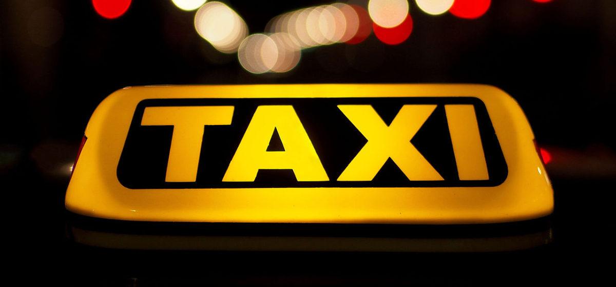 В Минске трое пьяных поляков пытались ограбить таксиста и угнать машину