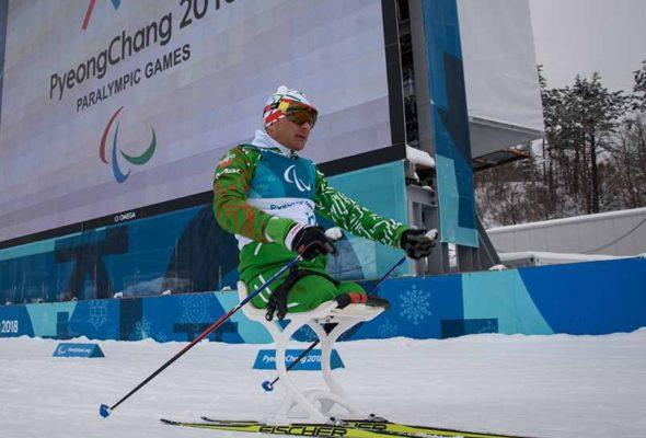Ляховичский паралимпиец, завоевавший серебро в лыжной гонке, рассказал как готовится к биатлону