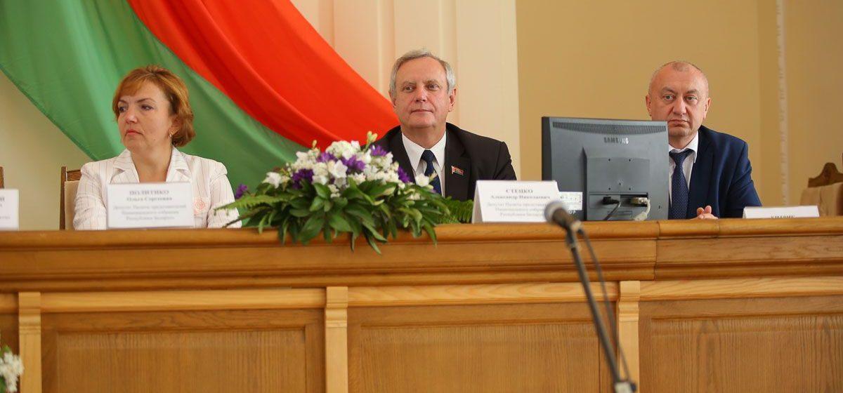 Депутат из Барановичей поддержала отмену запрета продажи алкоголя в ночное время