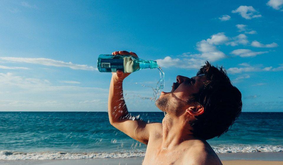Десять признаков того, что вы пьете мало воды