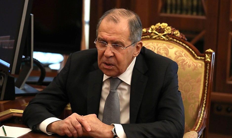 Лавров объявил о том, что из России высылают дипломатов из более чем 25 западных стран