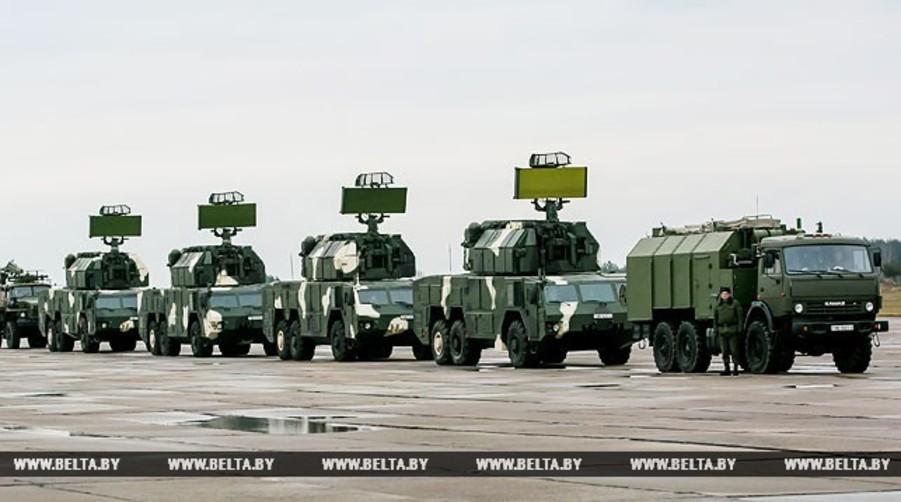 В 2018 году в Беларусь поступят пятая батарея ЗРК «Тор-М2» и четыре самолета Як-130